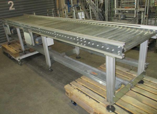 Gebrauchte Rollenbahn angetrieben 3.900 mm